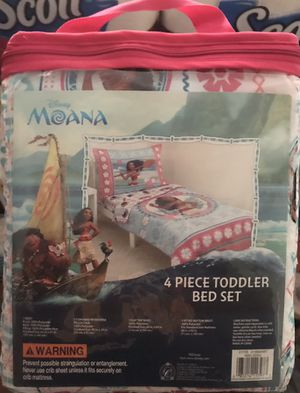 Disney Moana 4 Piece Toddler Bed Set for Sale in Cleveland, OH