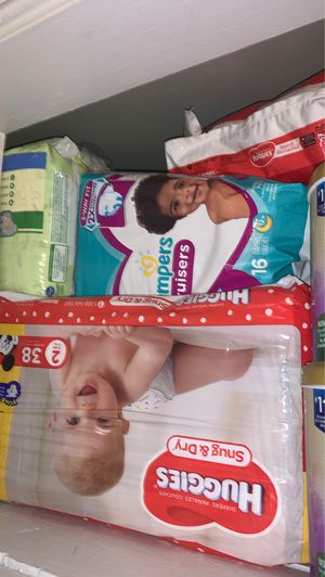 Baby Diapers Different Size 1 & 2s for Sale in Los Angeles, CA