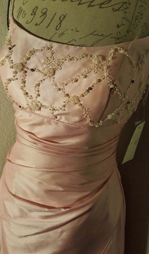 Drop Dead Gorgeous Pale Pink Formal Dress With Beaded Detail on Chest Sz 8