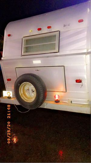 Rv camper Trailer 1980's EVERYTHING WORKS hauler for Sale in Atlanta, GA