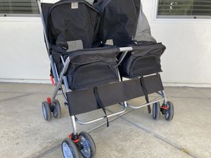 Double stroller for pet for Sale in March Air Reserve Base, CA
