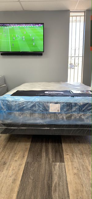 Liquidation mattresses for Sale in Tampa, FL