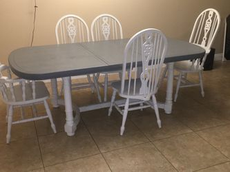 Refurbished Wood Table for Sale in Chino,  CA