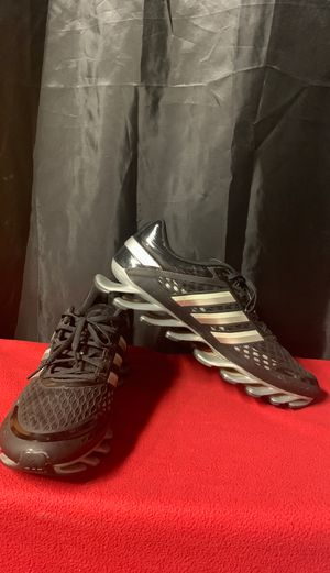 Adidas SpringBlade Size 13 for Sale in Aliquippa, PA