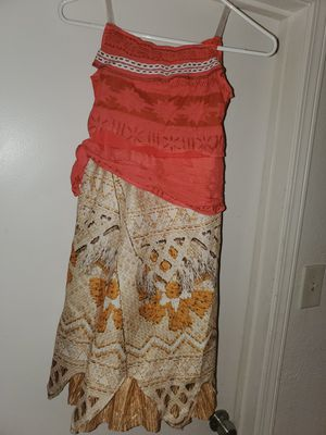 Big Girl Moana Costume size m 8-10 yrs old for Sale in Arlington, TX