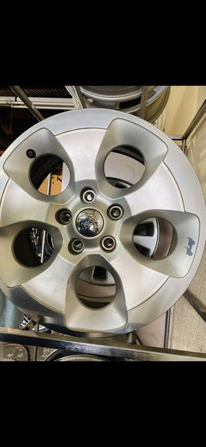 "2016 Jeep Wrangler 18"" wheel for Sale in Gilroy, CA"