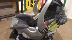 Baby trend carseat for Sale in Darnestown, MD