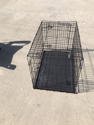 Large dog crate, collapsible for Sale in Niederwald, TX