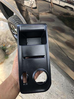 Gmc 2014-18 light bezel for Sale in Kerman, CA