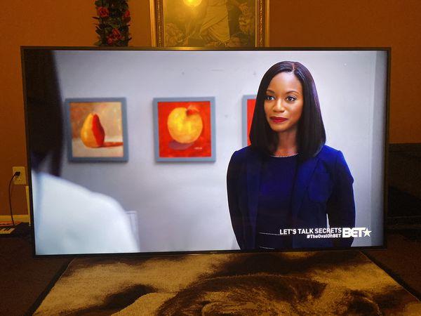 """85"""" Sony 4K Smart Tv (Slight Imperfections) Must Wallmount"""