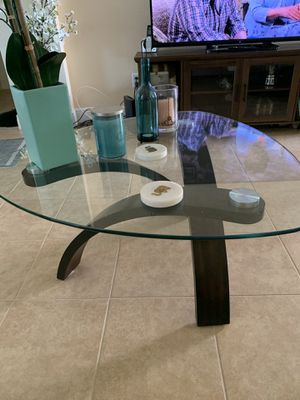 Coffee and end table for Sale in St. Cloud, FL