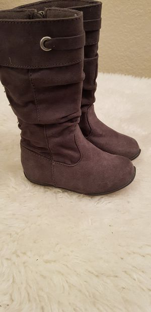 New boots / Toddler girl sz 5 (ages 1.5 - 2 years) for Sale in Rancho Cucamonga, CA