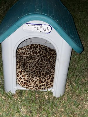 Dog house with bed for Sale in Houston, TX