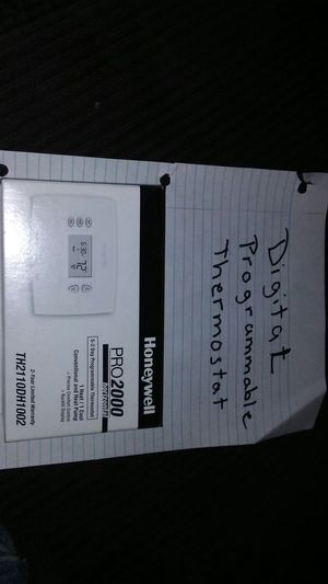 Honeywell programmable thermostat for Sale in Portsmouth, VA