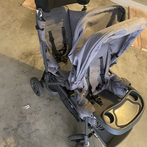Joovy double Stroller for Sale in Alhambra, CA