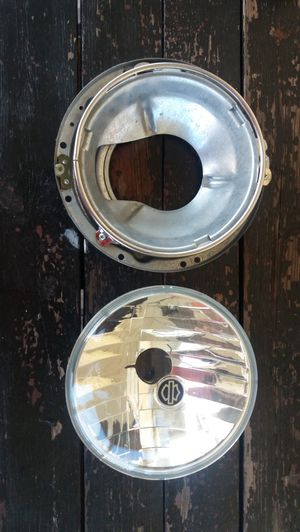 Harley davidson headlight assembly for 9003 bulb for Sale in Chicago, IL
