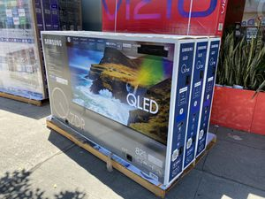 82 INCH SAMSUNG QLED Q70R BRAND NEW HUGE SALE TVS 2019 ! for Sale in Alhambra, CA