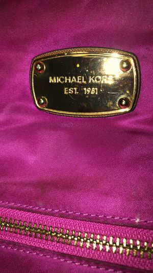 Large Pink Michael Kors for Sale in Columbus, OH