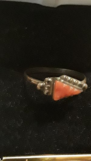 Gorgeous vintage Sterling Silver 925 Coral ring for Sale in New York, NY