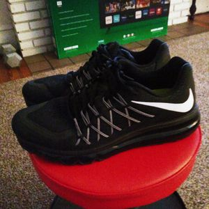 Nike Air Max. 10.5. Black & White for Sale in Haines City, FL