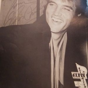 Elvis Presley Collectibles Rare.. for Sale in Akron, OH