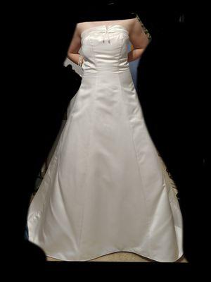 Davids Bridal Wedding Dress for Sale in Birmingham, AL