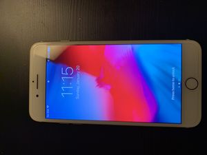 128 GB GOLD IPHONE 7 PLUS UNLOCKED for Sale in Silver Spring, MD