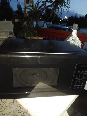 Insignia 1250 w. Microwave for Sale in Portland, OR