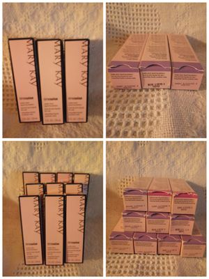 LOT MARY KAY MAKEUP & TIME WISE SKINCARE for Sale in Miami, FL