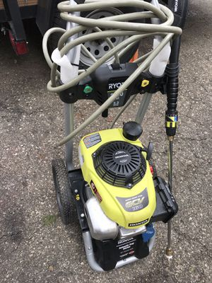 Honda Ryobi pressure washer 2700 psi practically new excellent condition for Sale in Waterford Township, MI