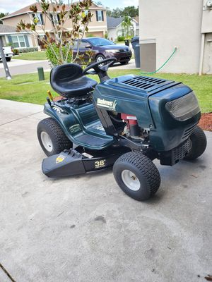 Lawn tractor for Sale in Mulberry, FL