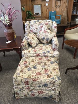 Chair and ottoman for Sale in Big Rapids, MI