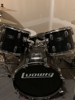 Ludwig Accent Drum Set for Sale in Issaquah,  WA