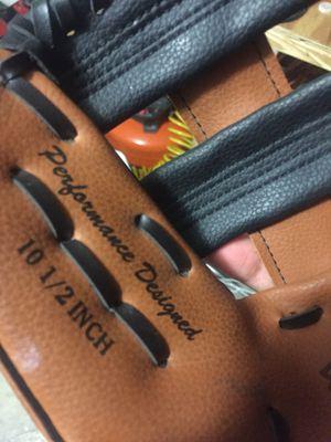 Rawling Baseball glove brand new for Sale in Homestead, FL