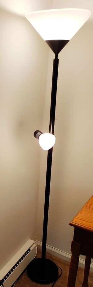 Floor Lamp shade with 2 bulb heads for Sale in KNG OF PRUSSA, PA
