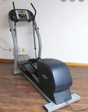 Nordictrack Elliptical (Missing Power Adapter) for Sale in Frankfort, IL