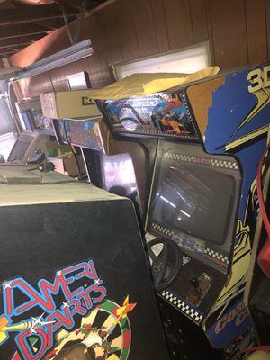 Arcades games and empty cabs for Sale in Bakersfield, CA