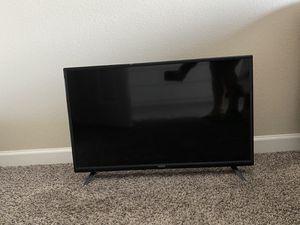 32 inch tv Vizio for Sale in Denver, CO