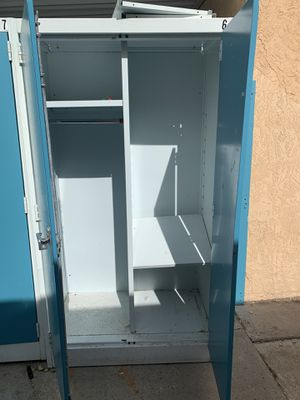 6 foot tall metal storage cabinet/closet for Sale in Albuquerque, NM