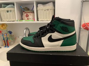 Air Jordan pine green 1s size 11.5 for Sale in Houston, TX