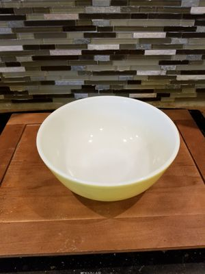 Vintage pyrex Mixing bowl for Sale in Granger, IN