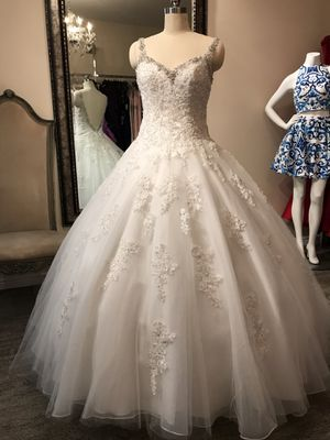WEDDING DRESS VESTIDO DE NOVIA BRIDAL GOWN for Sale in Laveen Village, AZ