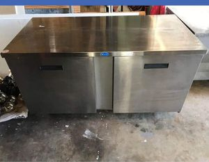 Under the counter refrigerator for Sale in Newark, NJ