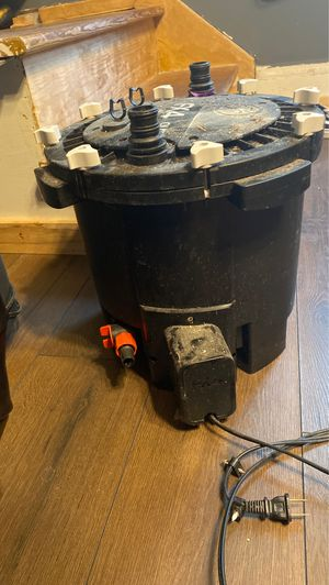 Fluval 4 fish tank filter for Sale in Parma Heights, OH
