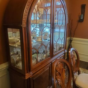 2-Piece Contemporary Dome Top China Cabinet for Sale in Raleigh, NC