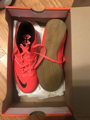 Nike Bombax IC shoes for Sale in Houston, TX