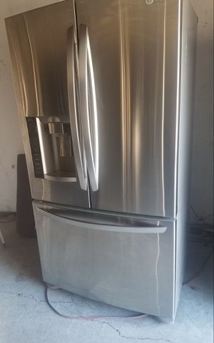 LG French Door Refrigerator for Sale in San Leandro, CA