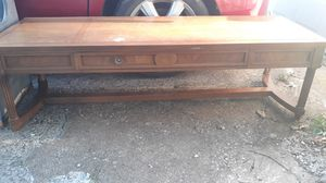 Coffee table for Sale in Collinsville, OK
