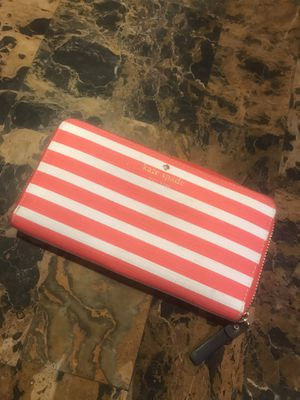 Kate spade wallet for Sale in Sacramento, CA