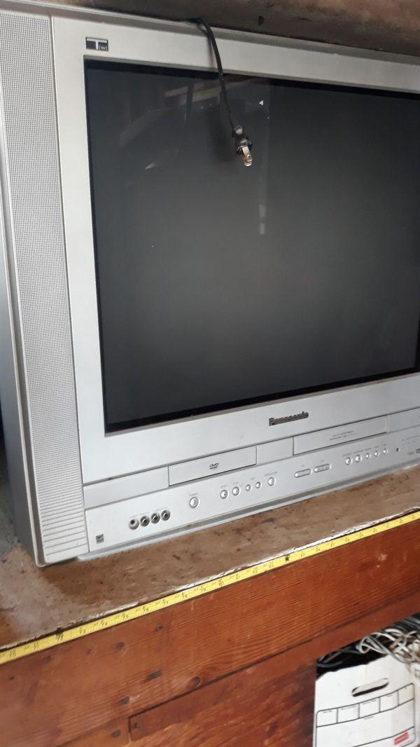 Panasonic 21 inches tv/dvd/vhs
